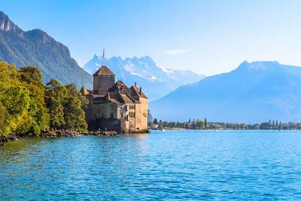 سفر به سوئیس با 10 قلعه دیدنی و شگفت انگیز آن